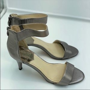 Vince Camuto Heels Size 8.5